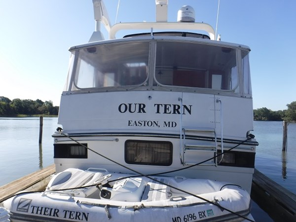 2.stern 1989 CARVER Californian 45 Motor Yacht Motor Yacht 2819368