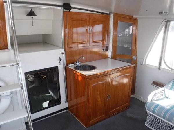 5.AftDeckcabinetry 1989 CARVER Californian 45 Motor Yacht Motor Yacht 2819371