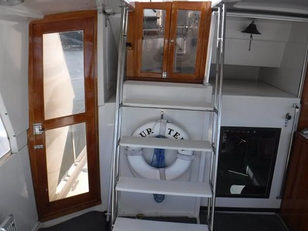 6.AftDeckCompanionway 1989 CARVER Californian 45 Motor Yacht Motor Yacht 2819372