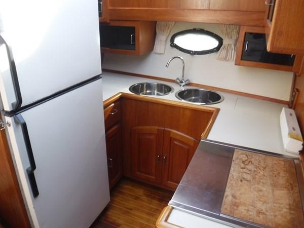 23.Galley2 1989 CARVER Californian 45 Motor Yacht Motor Yacht 2819389