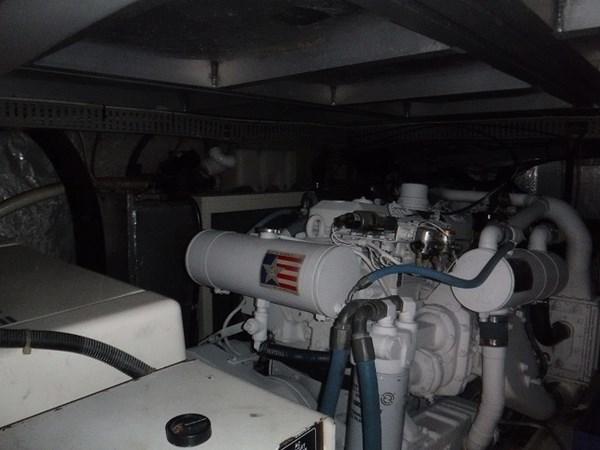 36.Starboard Engine 1989 CARVER Californian 45 Motor Yacht Motor Yacht 2819402