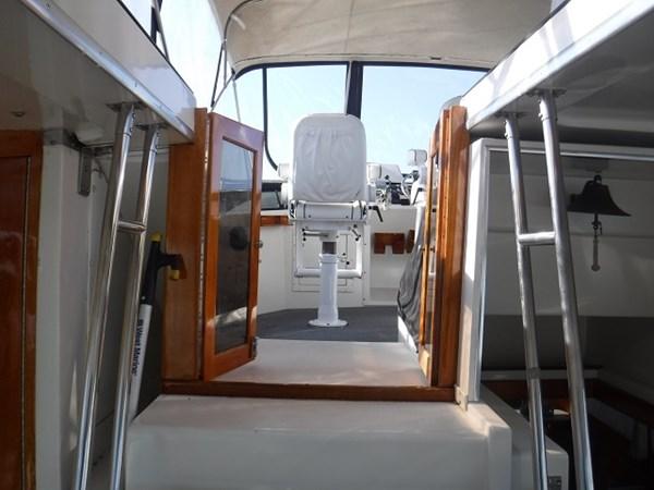 37.CompanionwayToBridge 1989 CARVER Californian 45 Motor Yacht Motor Yacht 2819403