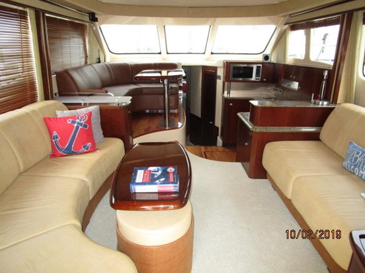 8 2006 SEA RAY Sedan Bridge Motor Yacht 2819717
