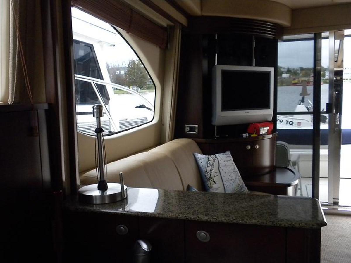 17 2006 SEA RAY Sedan Bridge Motor Yacht 2819726