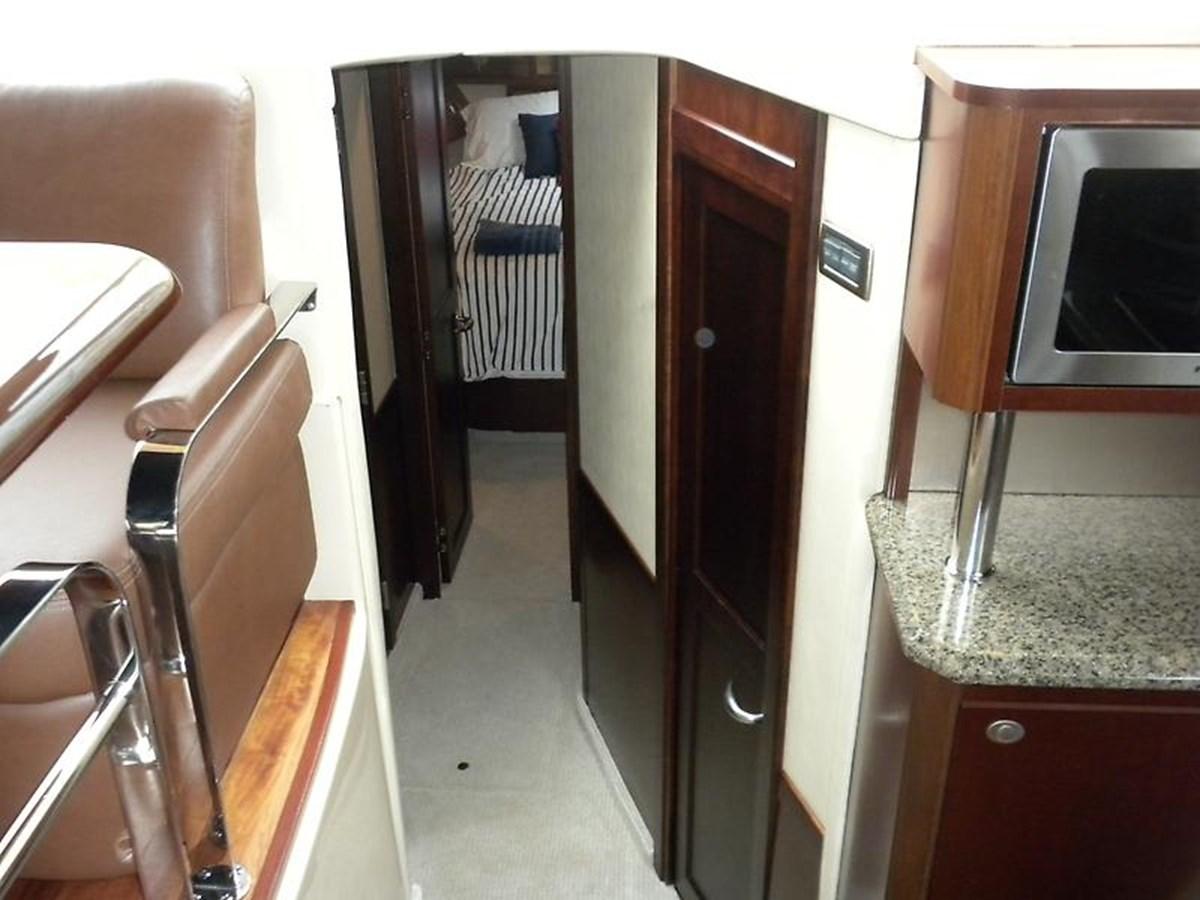 18 2006 SEA RAY Sedan Bridge Motor Yacht 2819727