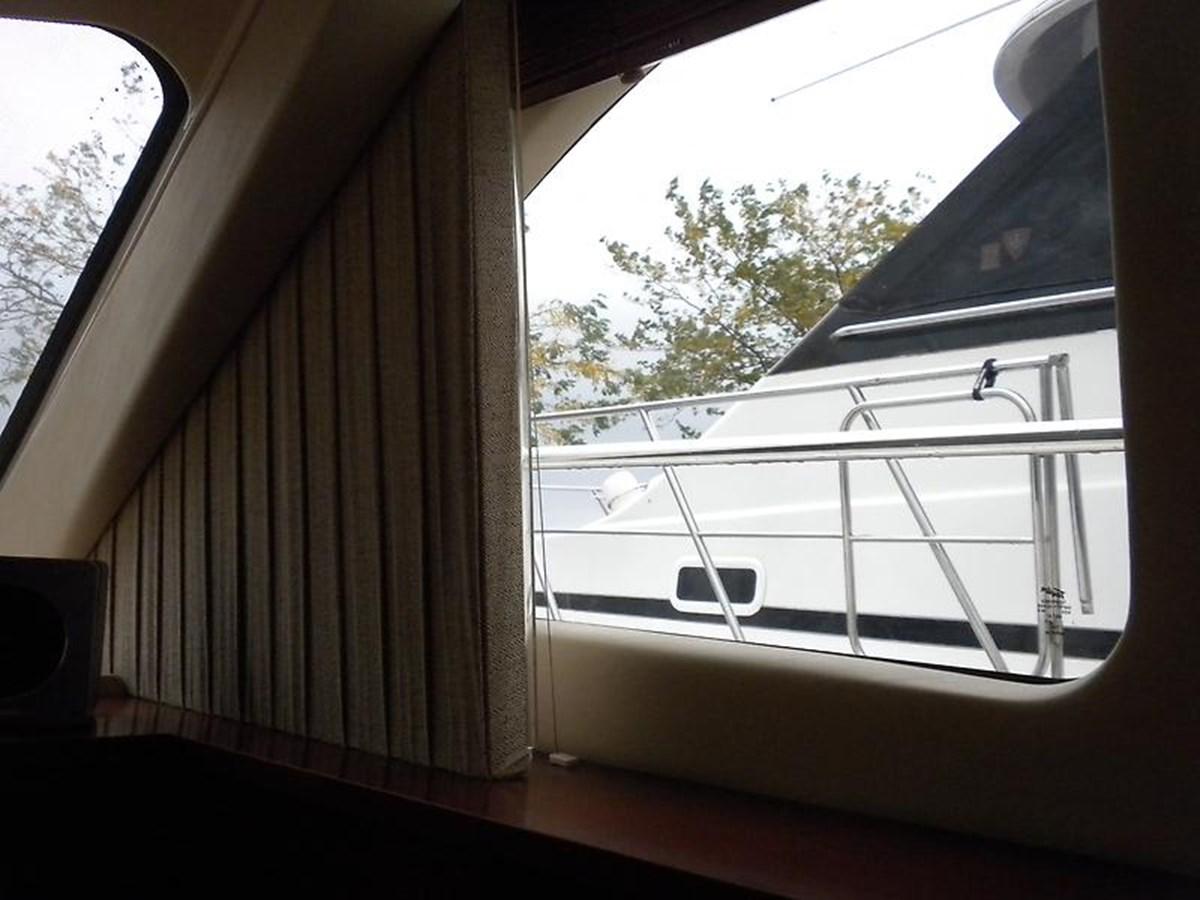 19 2006 SEA RAY Sedan Bridge Motor Yacht 2819728