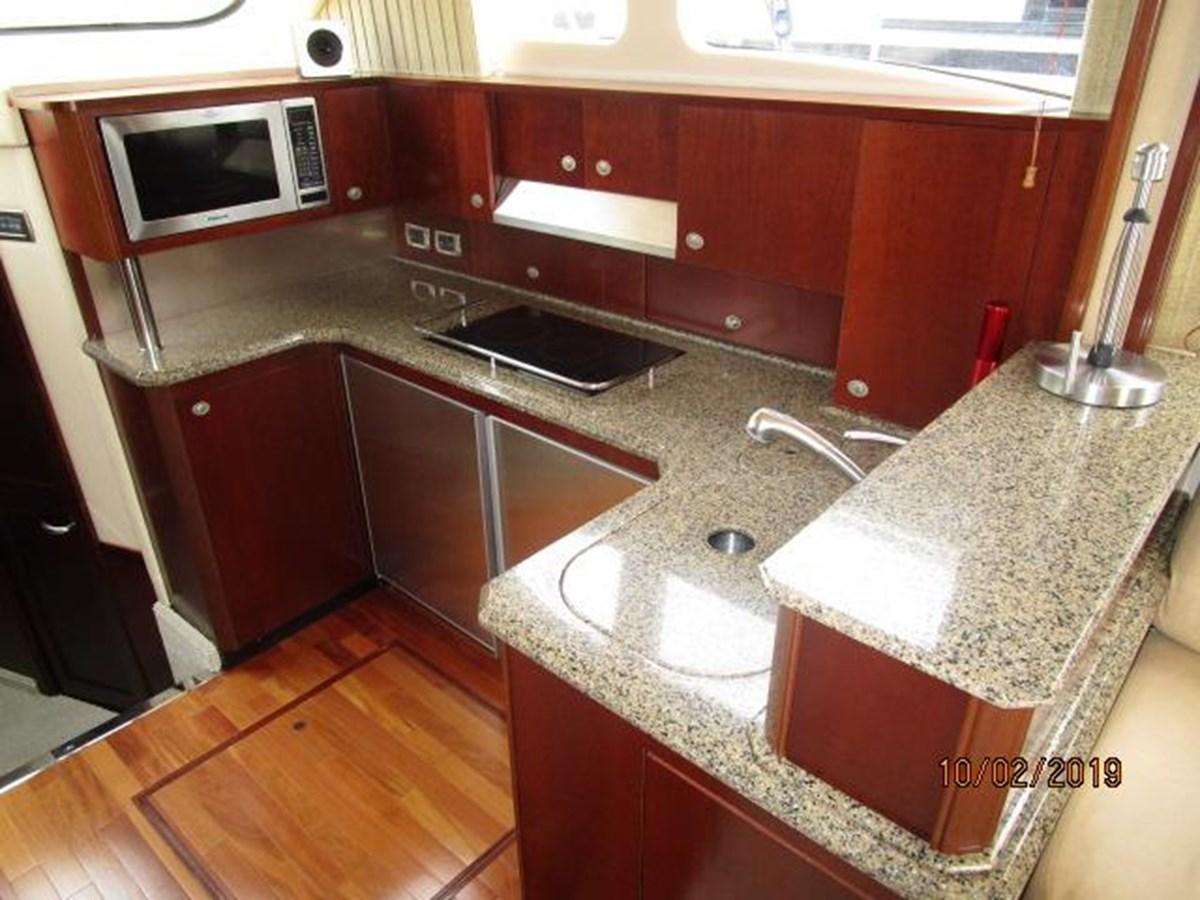 24 2006 SEA RAY Sedan Bridge Motor Yacht 2819733