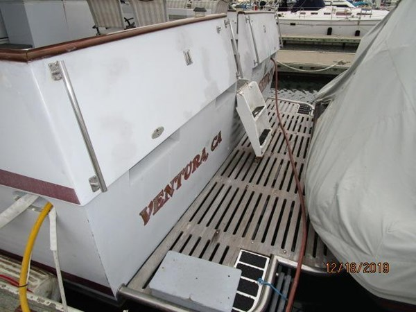 "39 1971 WILLARD ""65"" Pilothouse Motor Yacht 2819844"