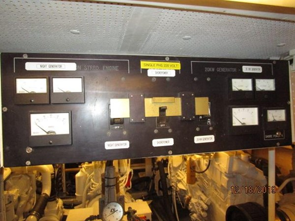 "80 1971 WILLARD ""65"" Pilothouse Motor Yacht 2819885"