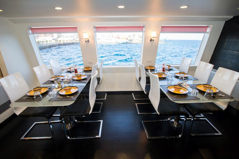 2015 CUSTOM  Motor Yacht 2820533