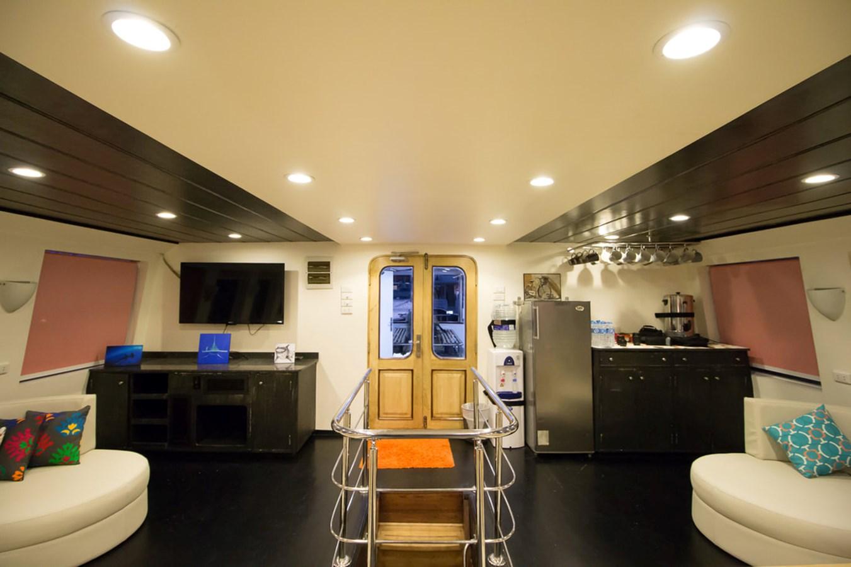 2015 CUSTOM  Motor Yacht 2820536
