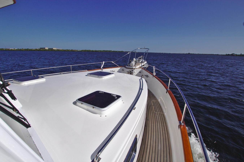 7308600_20200117093900254_1_XLARGE 2002 GRAND BANKS 46 Classic Trawler 2821921
