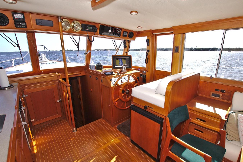 7308600_20200117093927751_1_XLARGE 2002 GRAND BANKS 46 Classic Trawler 2821926