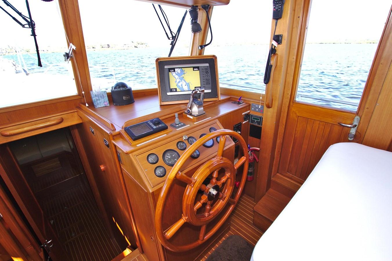 7308600_20200117093943160_1_XLARGE 2002 GRAND BANKS 46 Classic Trawler 2821927