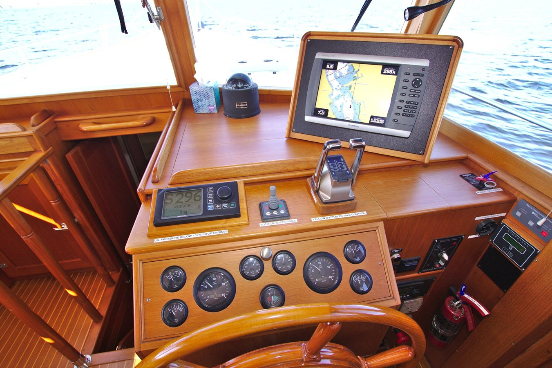 7308600_20200117093945077_1_XLARGE 2002 GRAND BANKS 46 Classic Trawler 2821928