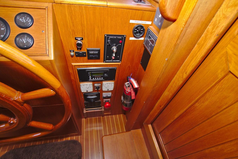 7308600_20200117093946989_1_XLARGE 2002 GRAND BANKS 46 Classic Trawler 2821929