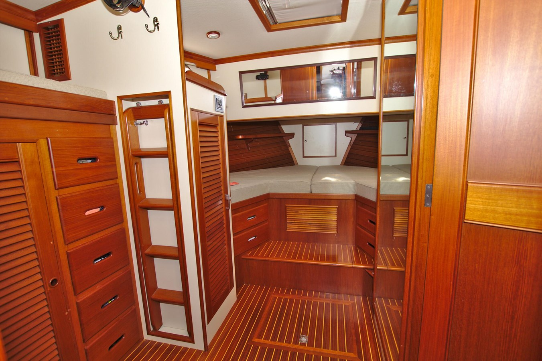 7308600_20200117093952965_1_XLARGE 2002 GRAND BANKS 46 Classic Trawler 2821935