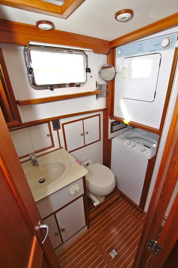7308600_20200117094005590_1_XLARGE 2002 GRAND BANKS 46 Classic Trawler 2821938