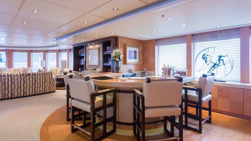 2010 LURSSEN  Motor Yacht 2844084