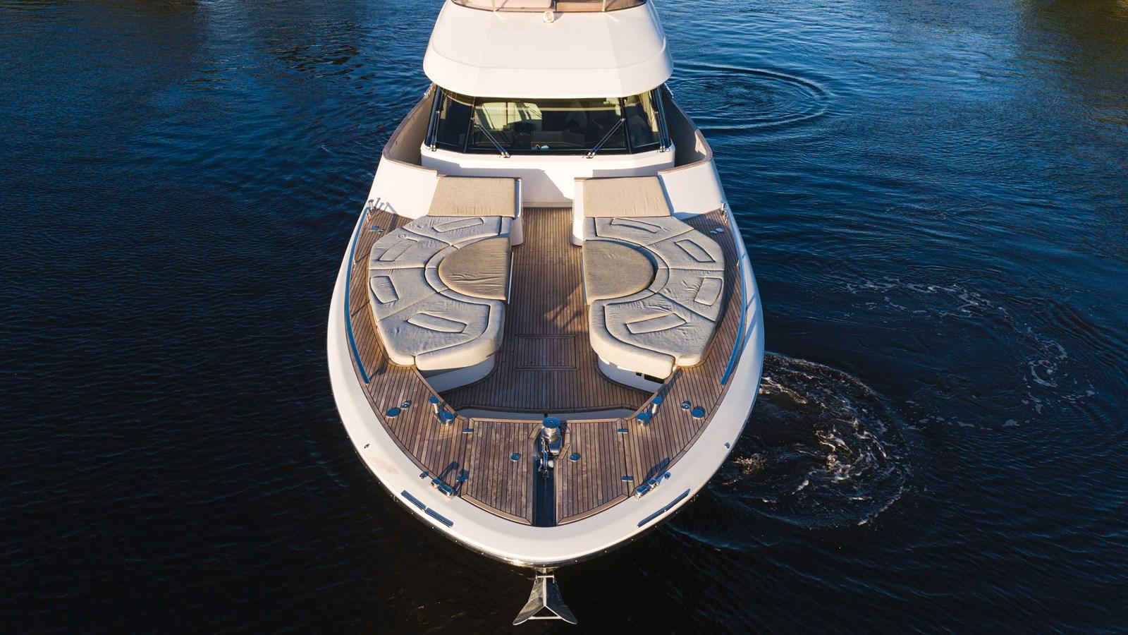76 Monte Carlo (13 of 127) 2014 MONTE CARLO YACHTS Motoryacht Motor Yacht 2825072