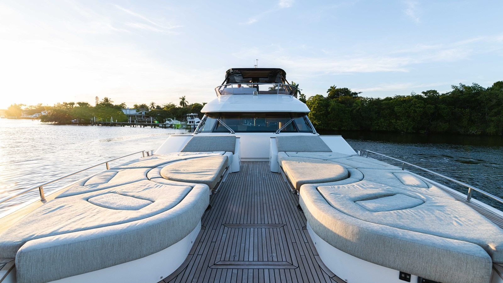 76 Monte Carlo (70 of 127) 2014 MONTE CARLO YACHTS Motoryacht Motor Yacht 2825079
