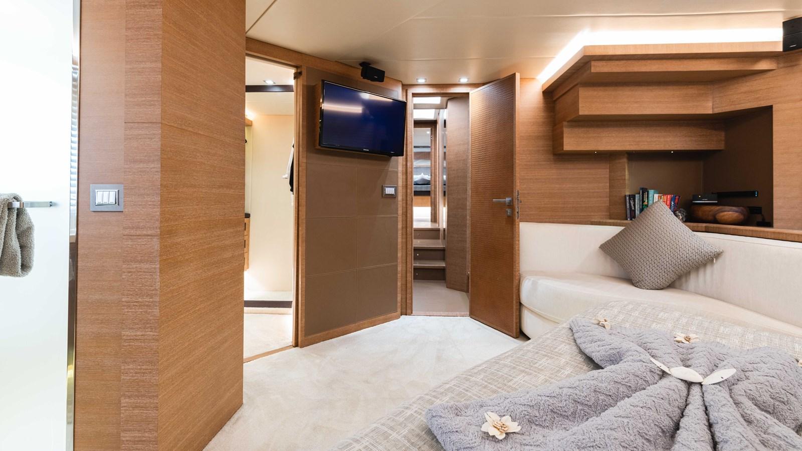 76 Monte Carlo (24 of 127) 2014 MONTE CARLO YACHTS Motoryacht Motor Yacht 2825171
