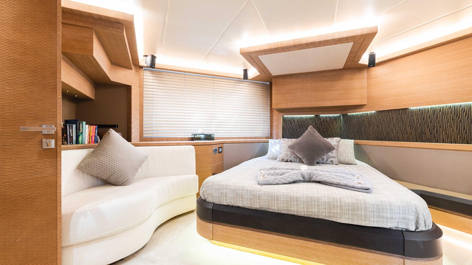76 Monte Carlo (30 of 127) 2014 MONTE CARLO YACHTS Motoryacht Motor Yacht 2825179
