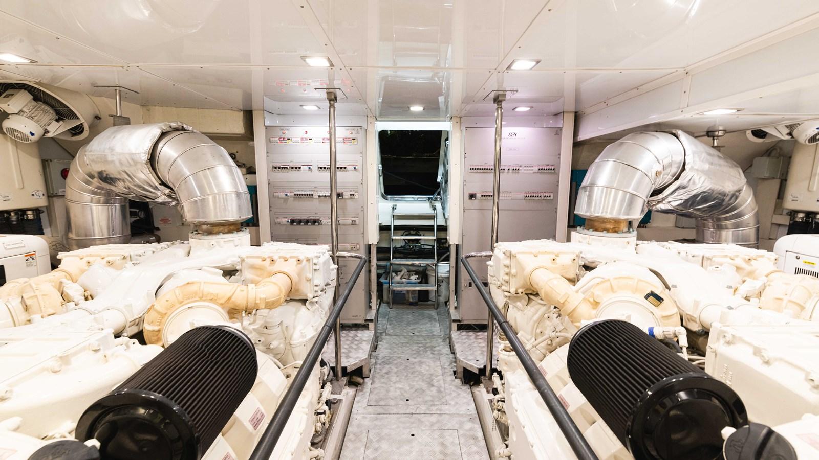76 Monte Carlo (6 of 8) 2014 MONTE CARLO YACHTS Motoryacht Motor Yacht 2825291