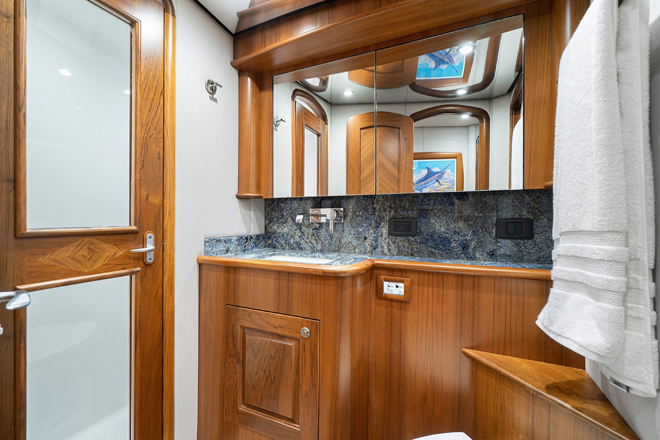 Guest Head Starboard 2014 SPENCER YACHTS  Sport Fisherman 2826121