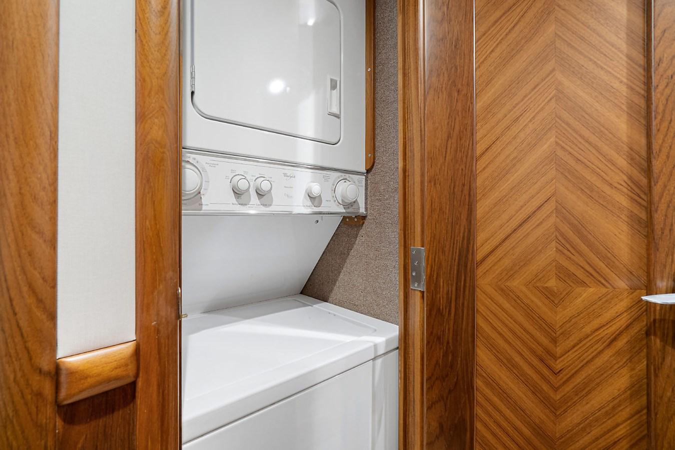 Washer/Dryer 2014 SPENCER YACHTS  Sport Fisherman 2826122