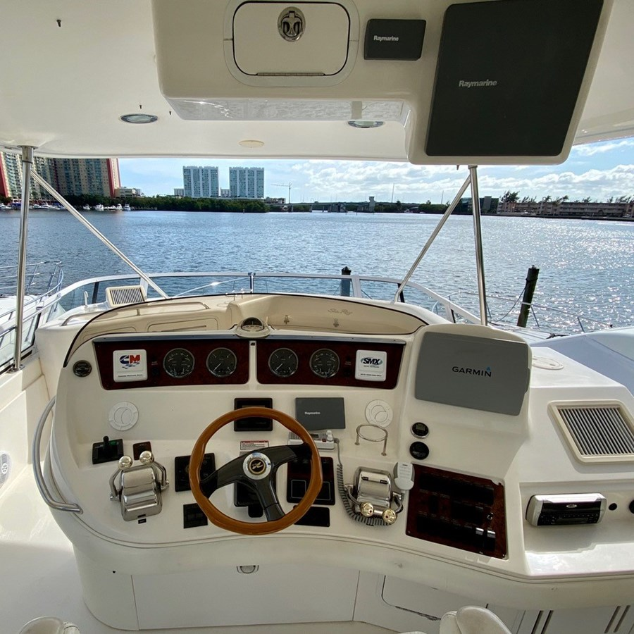 Helm 2003 SEA RAY  Cruiser 2837813