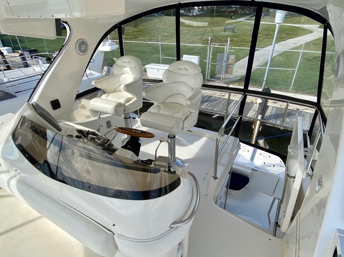 Helm Chair 2003 SEA RAY  Cruiser 2837814