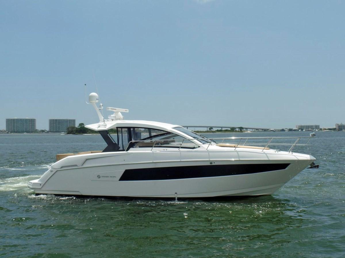 2015 Cruisers 39EC 2015 Cruisers Yachts 390 EC Motor Yacht 2830060