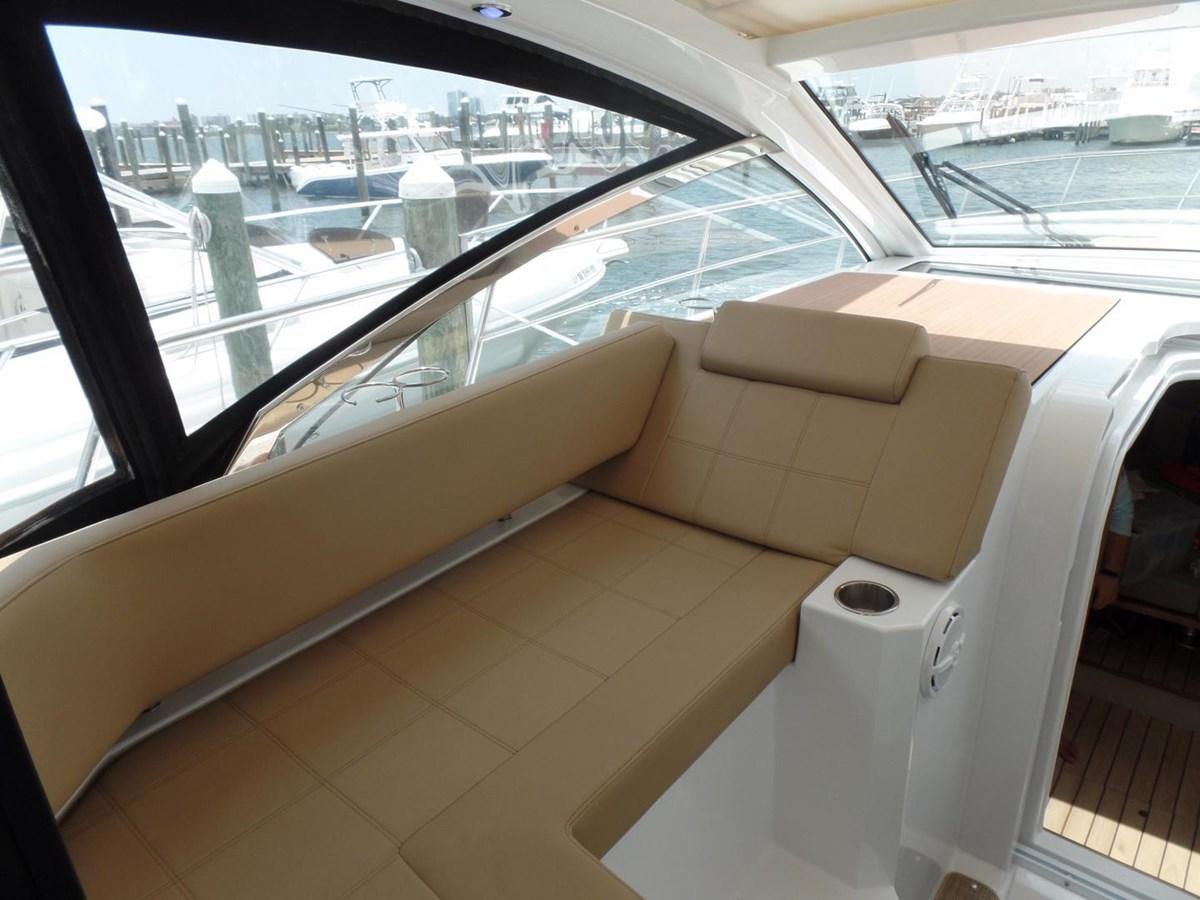 2015 Cruisers Yachts 390 EC Motor Yacht 2830072