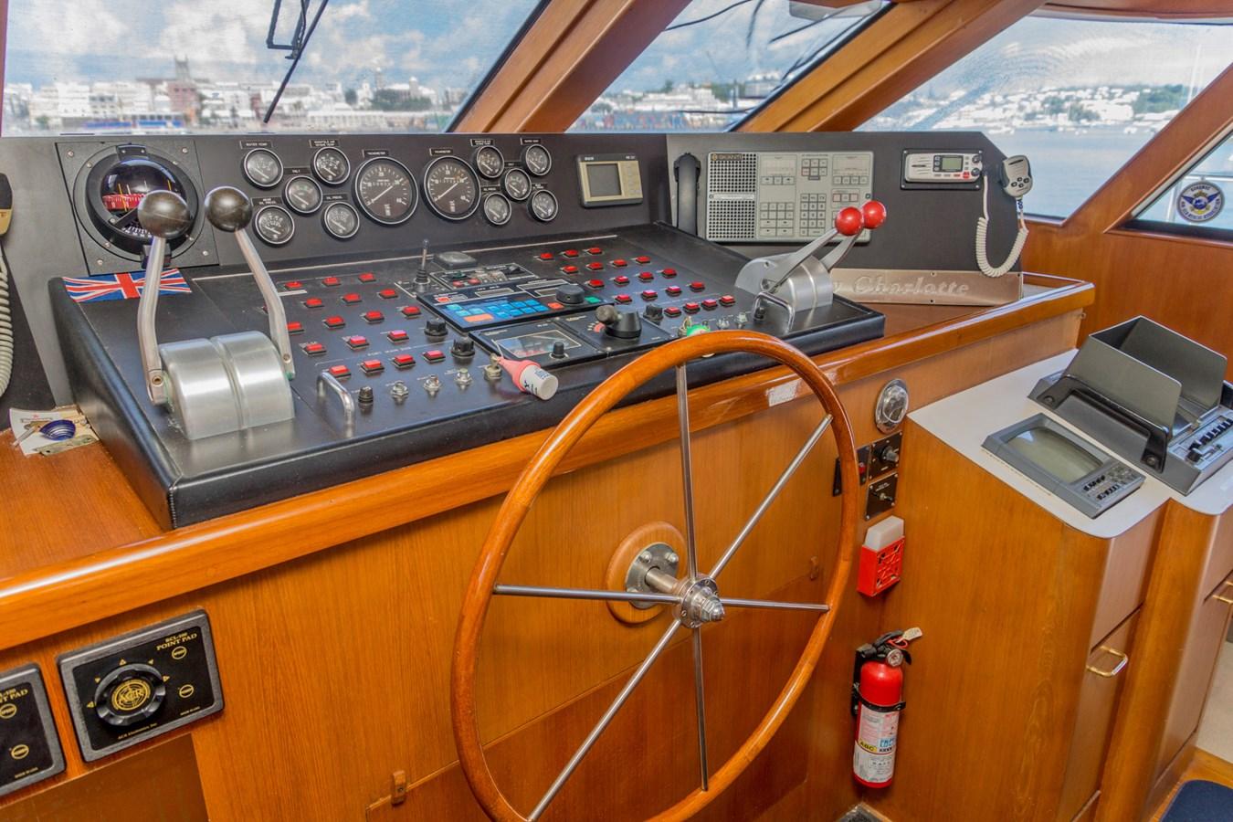 DSC8558 1990 CHEOY LEE  Motor Yacht 2831260
