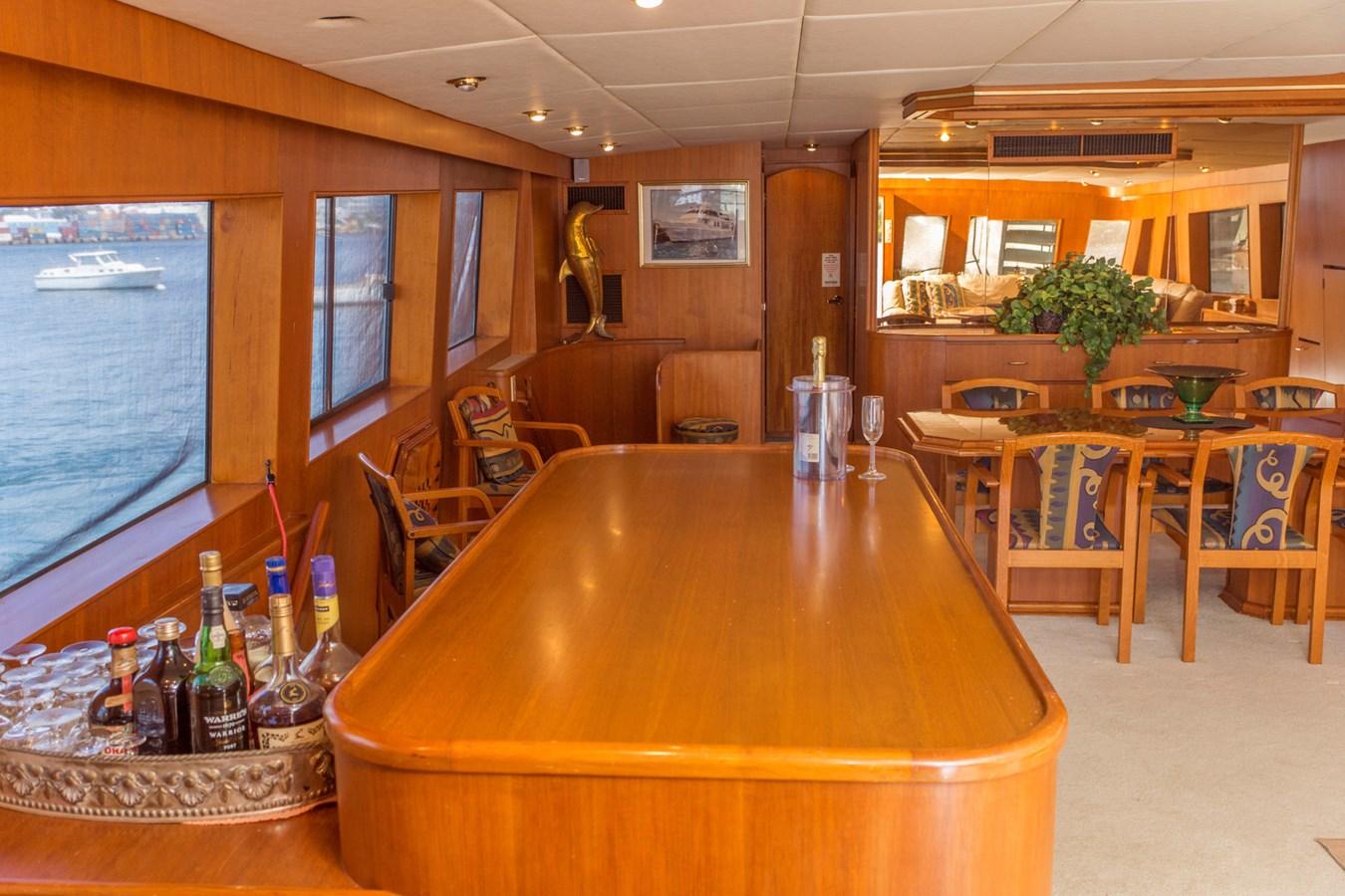DSC8583 1990 CHEOY LEE  Motor Yacht 2831269