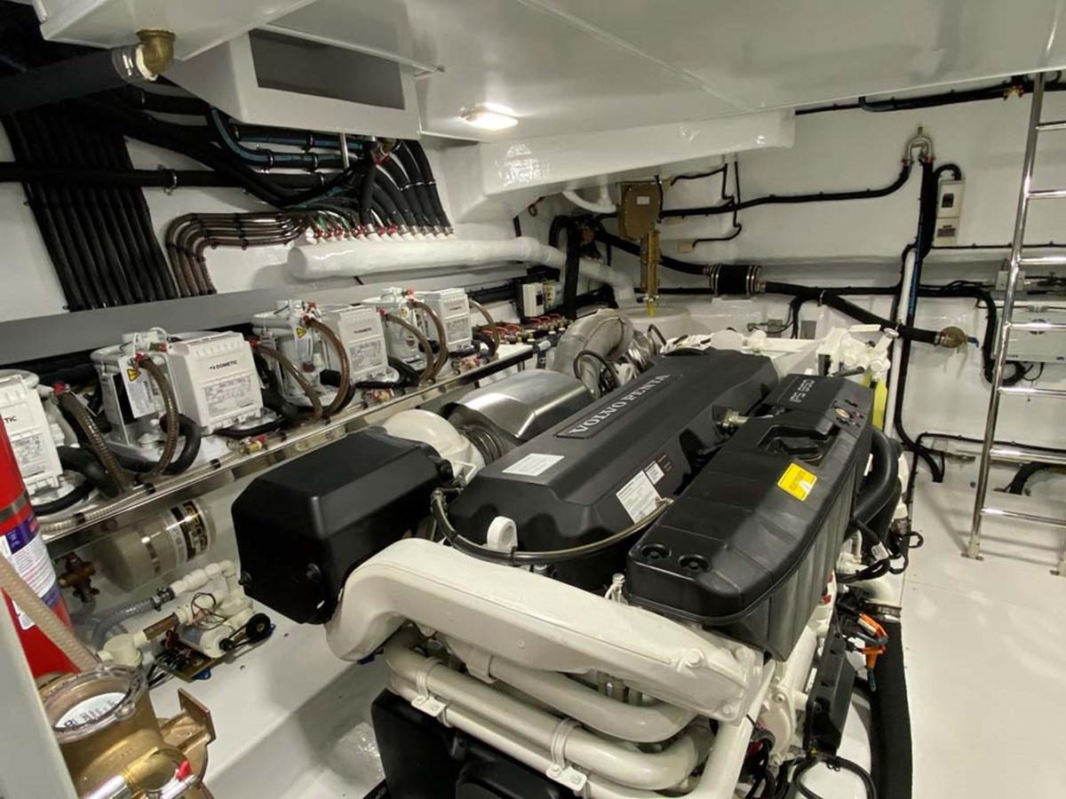 Starboard Engine 2020 DYNA 63 Motor Yacht 2957178
