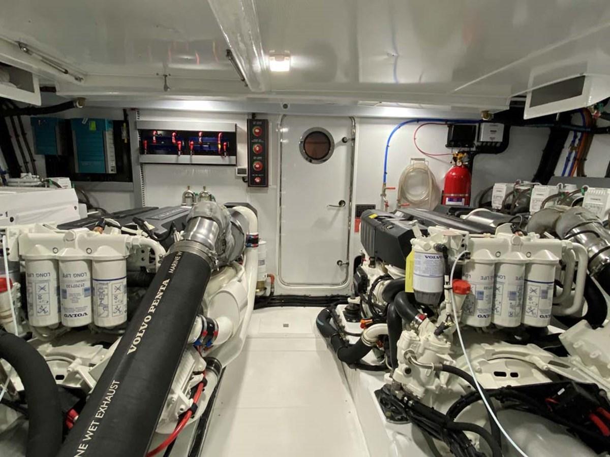 Engine Room 2020 DYNA 63 Motor Yacht 2957179