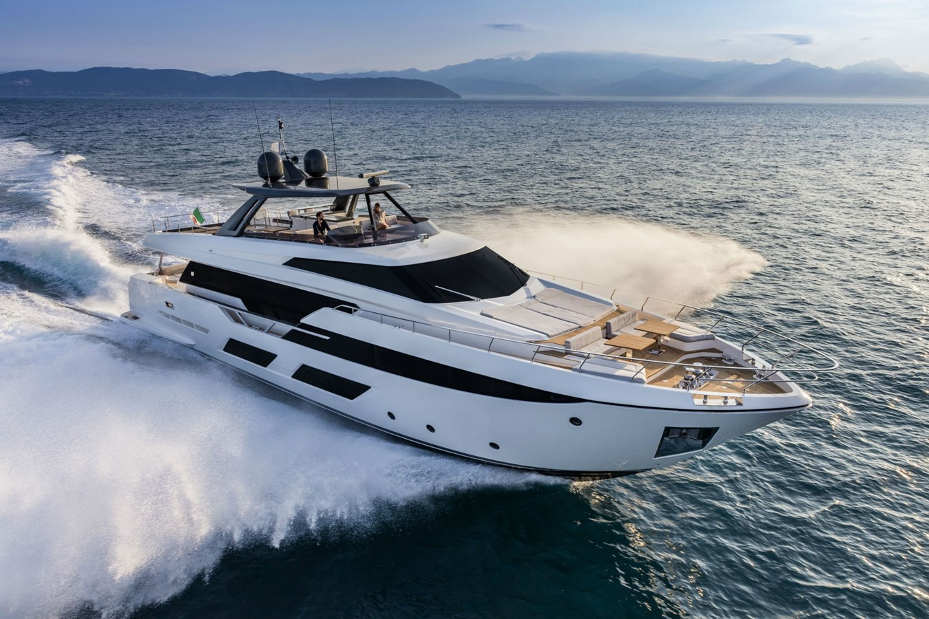 FerrettiYachts920Cruising_0004_28153 2020 FERRETTI YACHTS 920 HT Motor Yacht 2832867