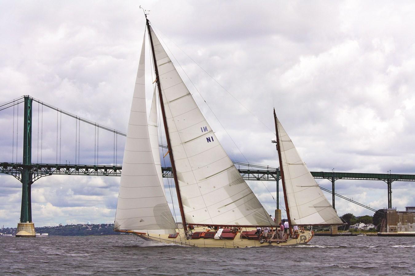 herreshoff regatta aug22_2014 - svetlana_ivanoff - 0518 - rugosa_cmyk 1926 HERRESHOFF  Classic Yacht 2836453