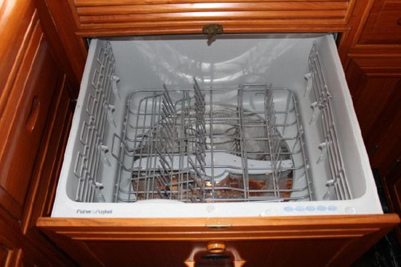 4859061_20141124101508499_1_XLARGE 2000 OCEAN ALEXANDER  Motor Yacht 2837934