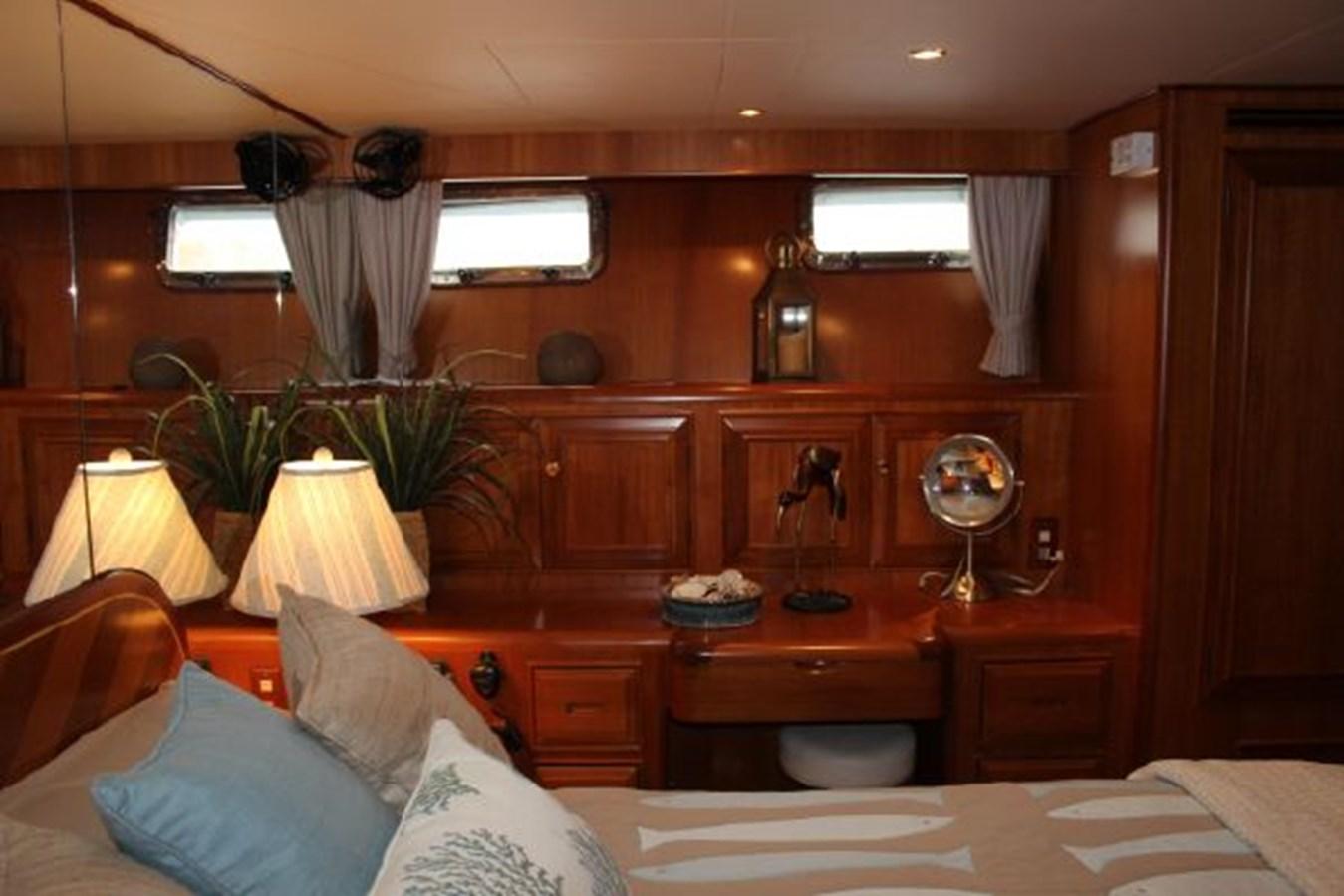 4859061_20141124101801589_1_XLARGE 2000 OCEAN ALEXANDER  Motor Yacht 2837944