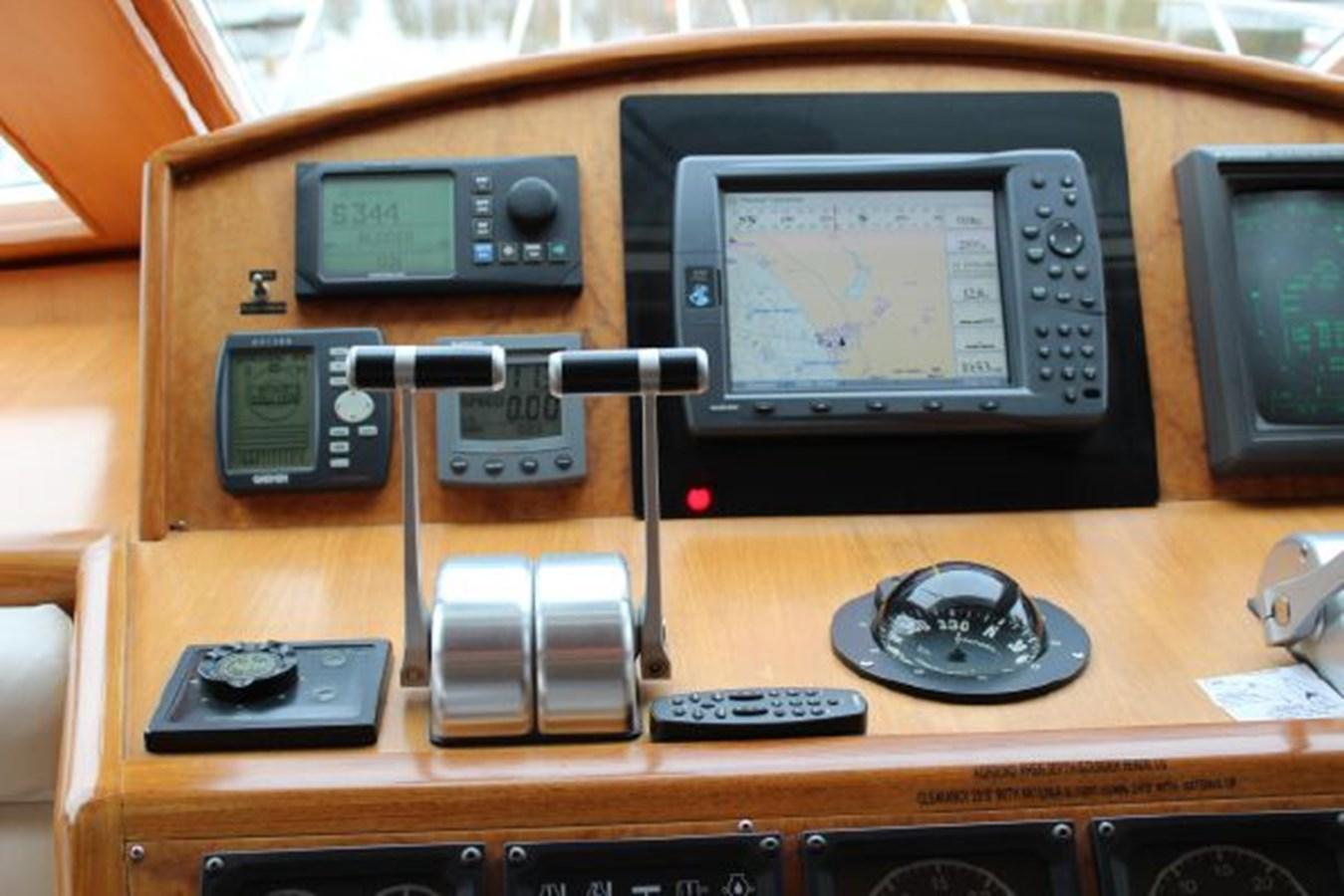 4859061_20141124102810044_1_XLARGE 2000 OCEAN ALEXANDER  Motor Yacht 2837993