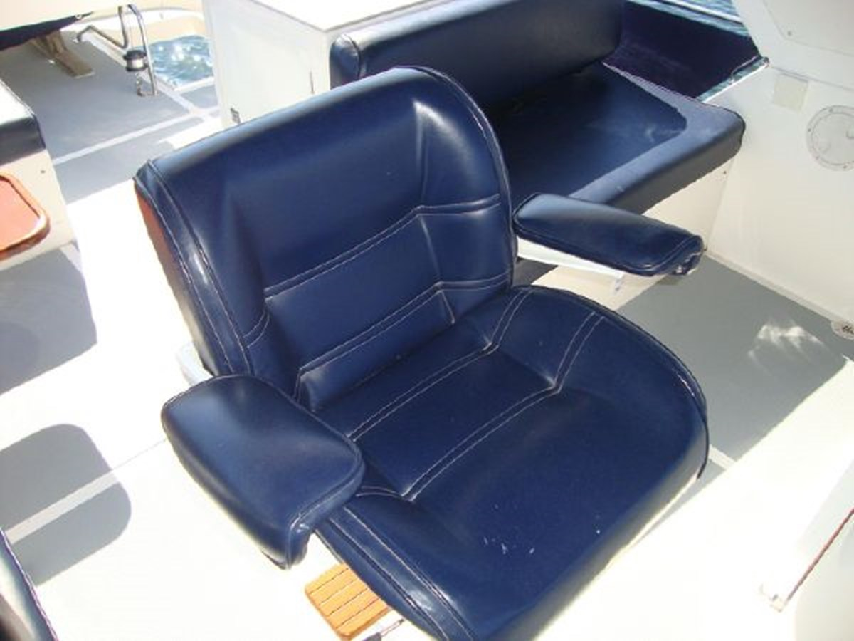 4859061_20141201121300091_1_XLARGE31 2000 OCEAN ALEXANDER  Motor Yacht 2838055