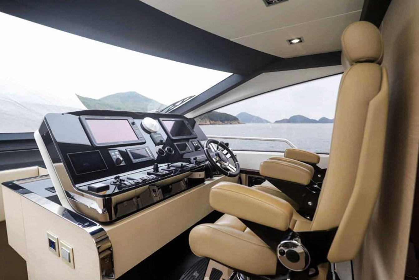 AZ80_6 2015 AZIMUT  Motor Yacht 2839617