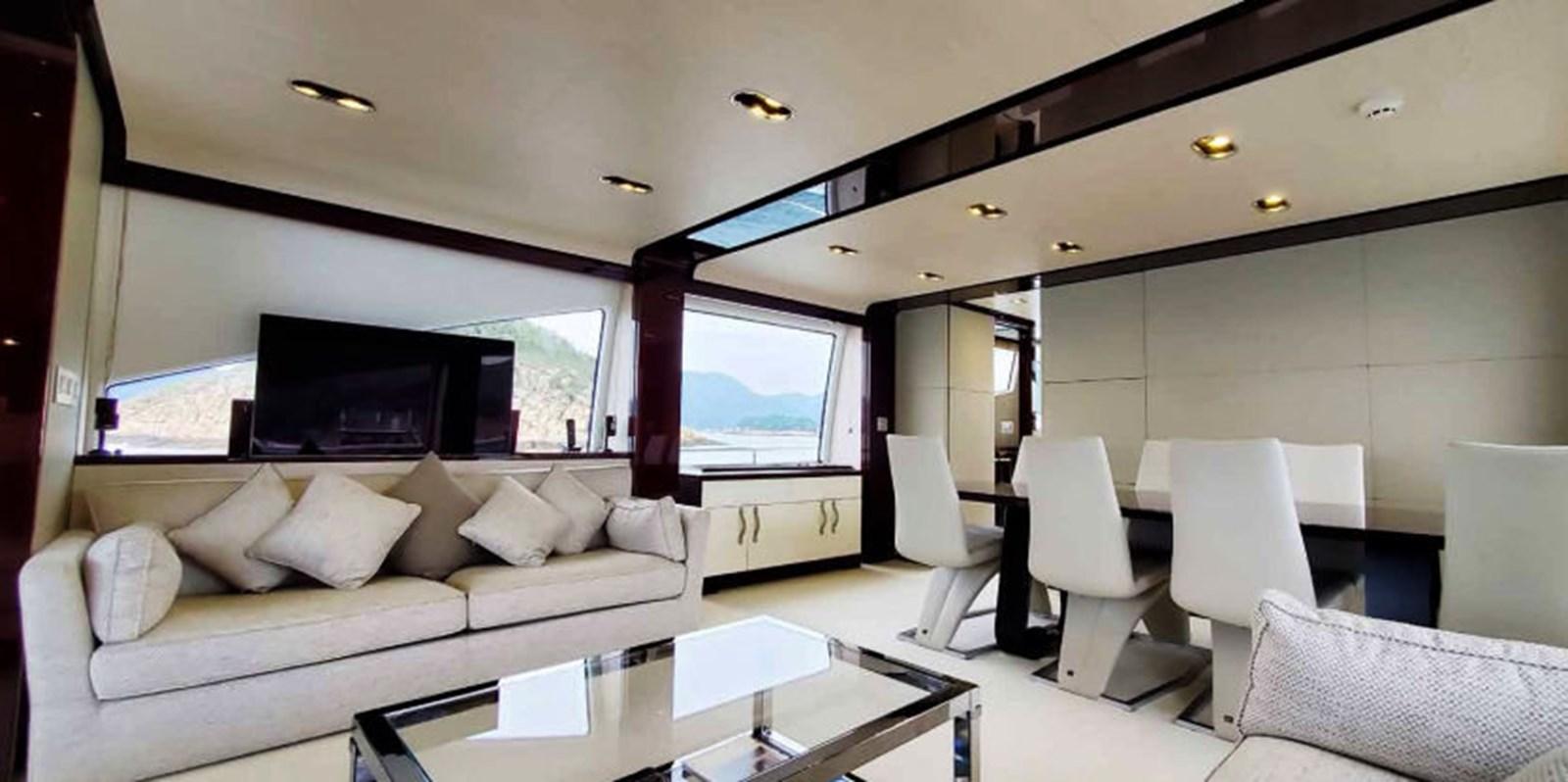 AZ80_2 2015 AZIMUT  Motor Yacht 2839621