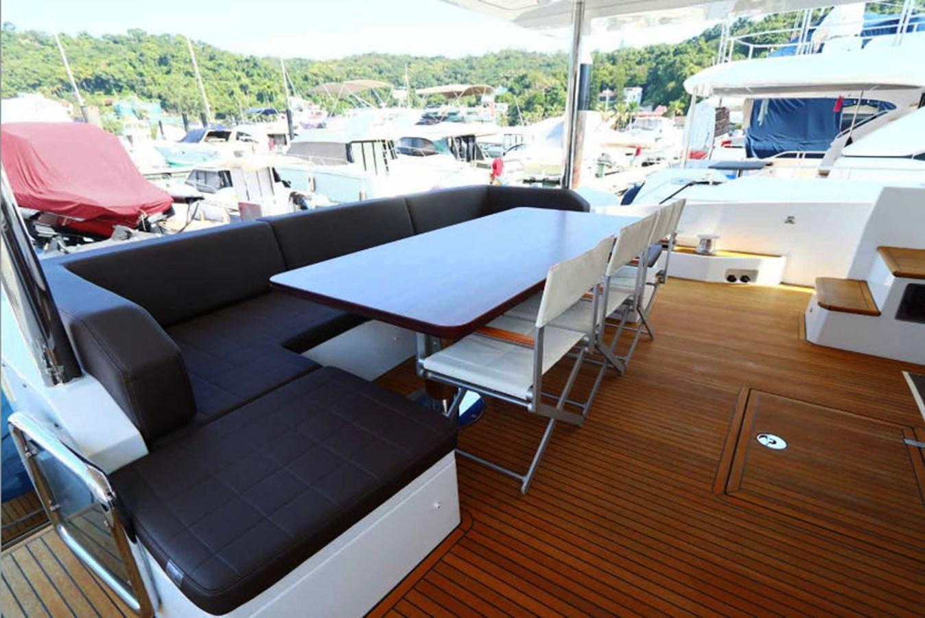 AZ80_9 2015 AZIMUT  Motor Yacht 2839625
