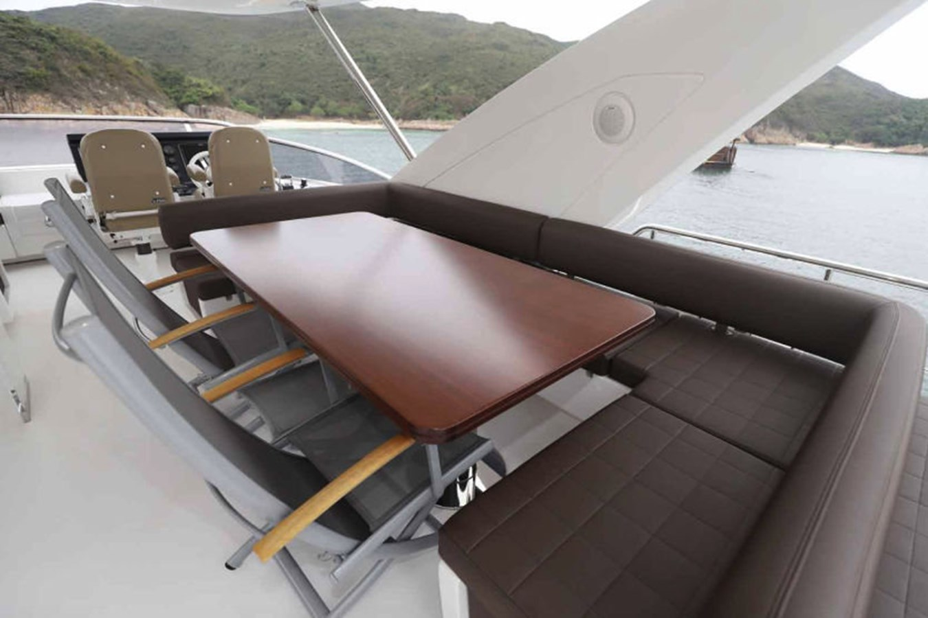AZ80_8 2015 AZIMUT  Motor Yacht 2839626