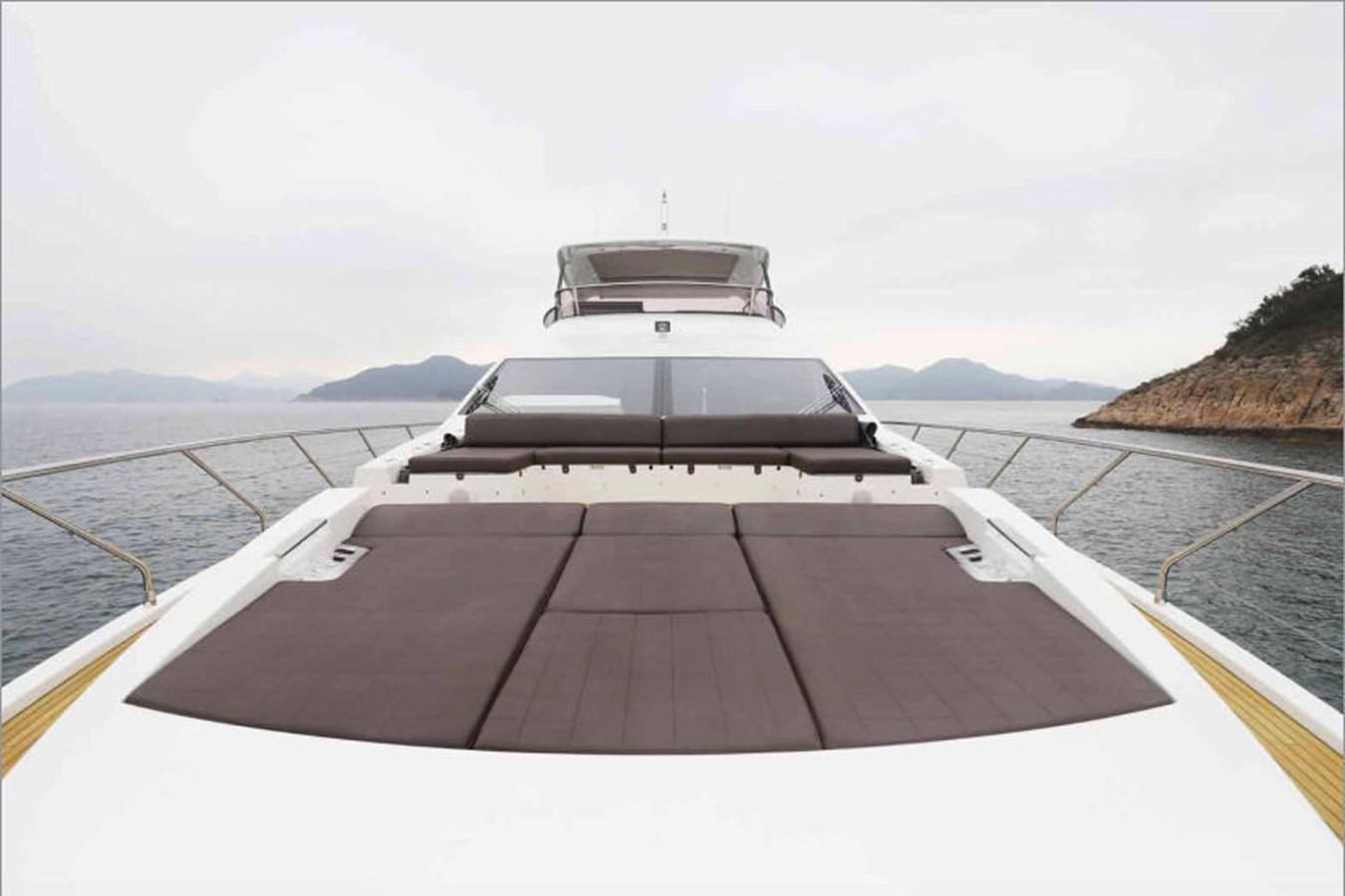 AZ80_4 2015 AZIMUT  Motor Yacht 2839630