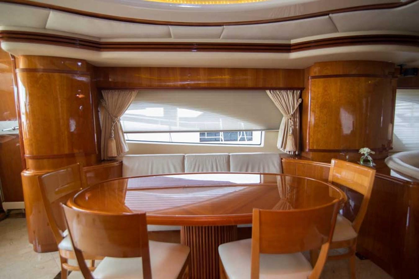 Dining 2001 AZIMUT  Motor Yacht 2845154